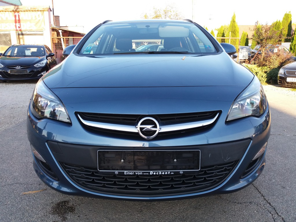 OPEL ASTRA J Sports Tourer 1.7 CDTI Selection