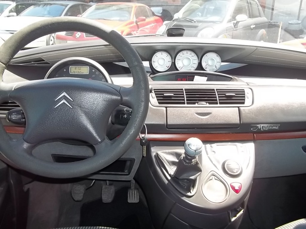 CITROEN C8 2.0 HDi Collection