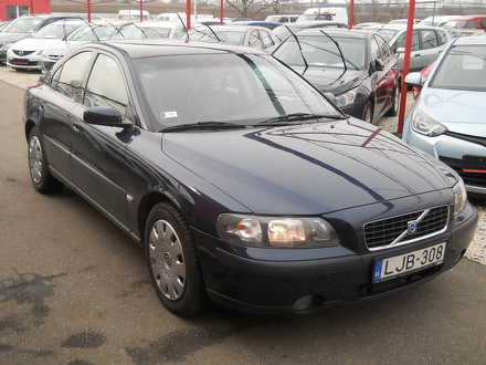 volvo S60 2.4 black edition (automata)